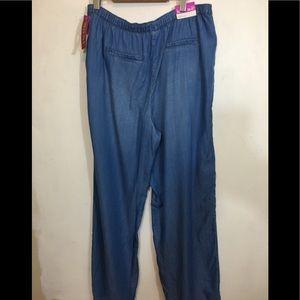 Women's wide leg jeans NWT